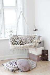 hanging_cradle_3