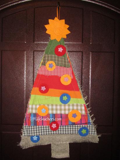новогодняя ёлка из лоскутов, фетра и пуговиц своими руками