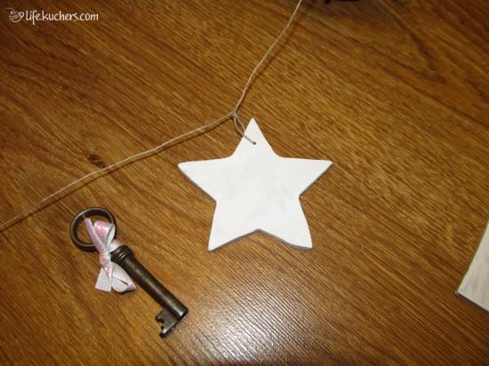 мобиль на кроватку своими руками из мдф, лозы, ключей со звездами, домиками, облаками и шарами